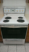 Electric stove in excellent condition
