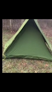 4 man CND Military tent. Camp hunt fishing hiking outdoors