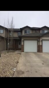 Blackfalds Townhouse for rent