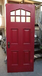 ANTIQUE EXTEROR DOOR
