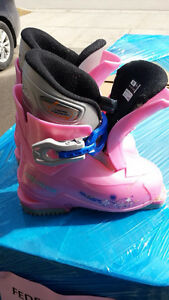 Pink Ski boots for kids 10.5