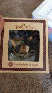 Collectible figurines- Teaberries and Cherished Teddies