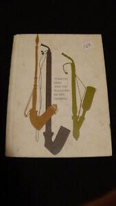 Vintage pipe & tobacco book