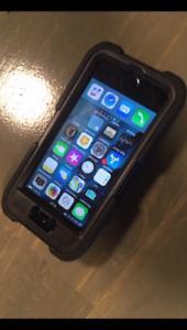 Iphone SE 64 GB noir,  deverrouillé...