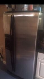 FINAL REDUCTION FOR THIS AMERICAN FRIDGE FREEZER!