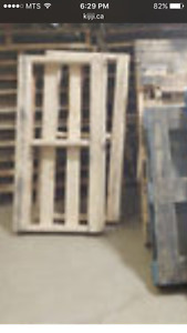 Looks for pallets