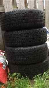 4 Bolt Universal Snow Tires 195/60R14 London Ontario image 6
