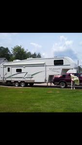 2003 titanium 5th wheel camper