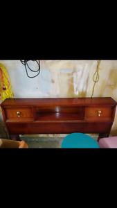 Headboard and matching footboard