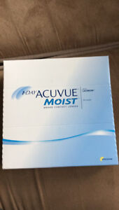 1•Day Acuvue Moist -3.50 daily contact lenses