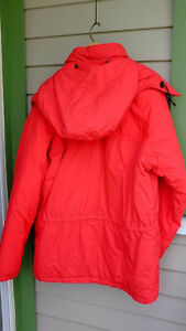 Beautiful, warm Steadfaster Jacket /Parka/ men, Size M North Shore Greater Vancouver Area image 6
