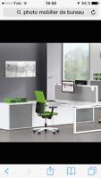 Installateur de mobilier de bureaux