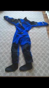 NRS  'Extreme' Drysuit Men's size Medium