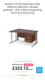 Desk vgc