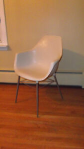 Mid Century Molded Plastic Eames Style White Eiffel Chair
