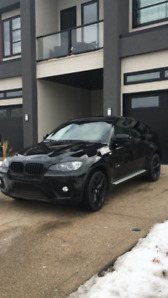 2011 BMW X6! LOW KMS! Black out edition!