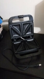 Sandwich Maker/grill for $10 only