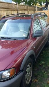 Volvo V70 xc awd california car for parts only London Ontario image 7
