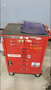 Gray Tools 11 Drawer Roller Cabinet