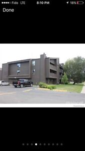 3 bedroom 2 bath townhouse in forest grove !!
