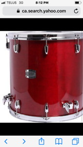 brand newYAMAHA mint drums. with hi hat and cymbals.