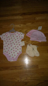 Lot of Girls' Clothes - Brand New WTO London Ontario image 3