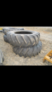 16.9-38 Tractor Tires