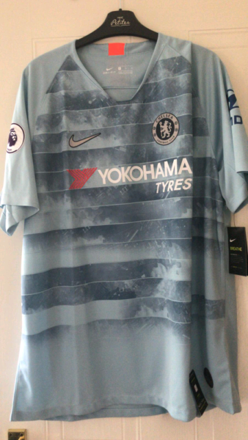 size 40 aff9a 7ed06 2018/19 New Chelsea FC Third Kit XL Shirt | in Colchester, Essex | Gumtree