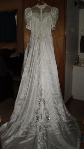 Wedding Dress - Size 10+