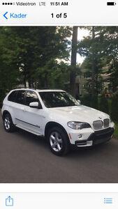 2010 BMW X5, Diesel,tout équipée avec cuir et toit panoramique