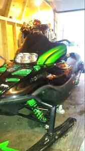 For trade 2001 zr800