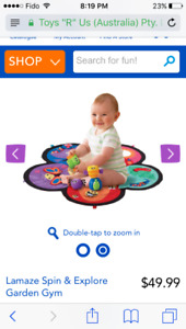 Tummy time mat with rotator