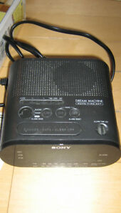 SONY FM / AM CLOCK RADIO