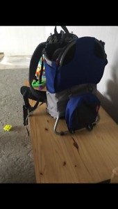 Child hiking carrier