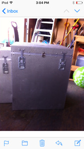 Lightweight storage containers
