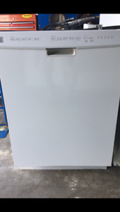 """Kenmore Elite 24"""" under the counter hardwire dishwasher for sale"""