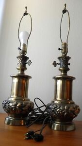 2 solid brass lamps