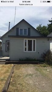 FULLY DETACHED HOUSE IN HAMILTON ONLY $189900!