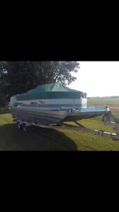 1995 misty harbour 20' pontoon