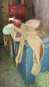 Selle pour petit cheval à vendre