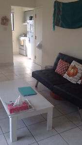 May-August Sublet Available! Great for UW Students