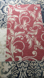 Sale! 2 Modern Carpets/ 2 Tapis Modernes NEGOTIABLE