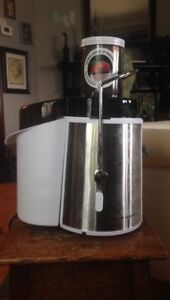 Good quality barely used Juicer