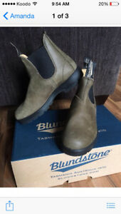 Blundstone boots - limited edition. Olive green