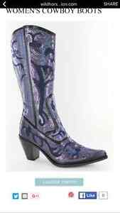 Amazing Bling Cowgirl Boots! Perfect for Brides!