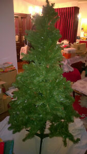6 foot tall artifical Christmas tree