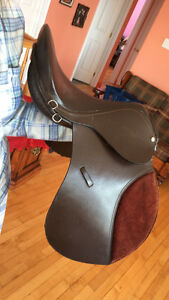"""17"""" A/P English Saddle NEED GONE  Bridle & Baby Pads included"""