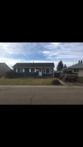 5 bedroom house for rent!