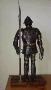 Collectible Medieval Armour Statue by Jayland / REDUCED