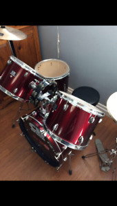 Great starter drum kit !!! Need gone !!
